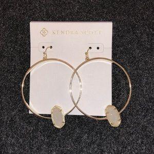 Kendra Scott Jewelry - NWOT - Kendra Scott Elora hoop earnings